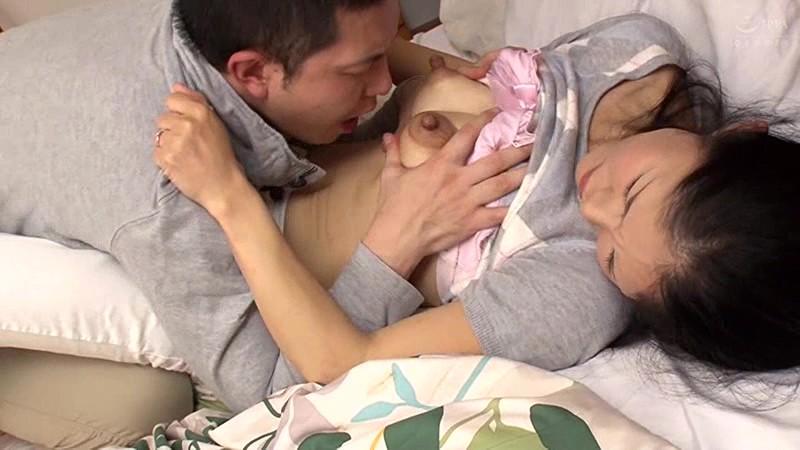 母姦中出し 息子に初めて中出しされた母 西野美幸のサンプル画像