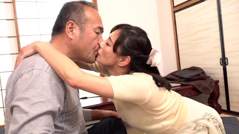 この世は男と女だけ 舐め好き親父と欲求不満な嫁 平岡里枝子 5枚目