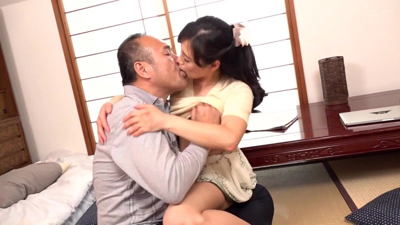 この世は男と女だけ 舐め好き親父と欲求不満な嫁 平岡里枝子 6枚目
