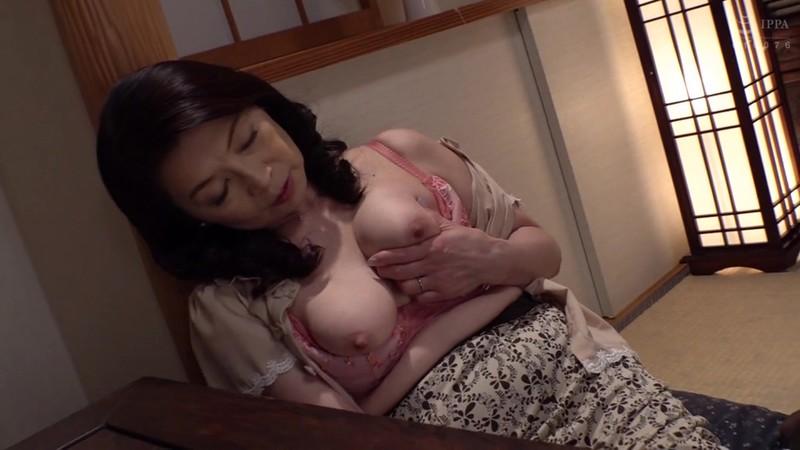 母姦中出し 息子に初めて中出しされた母 遠田恵未