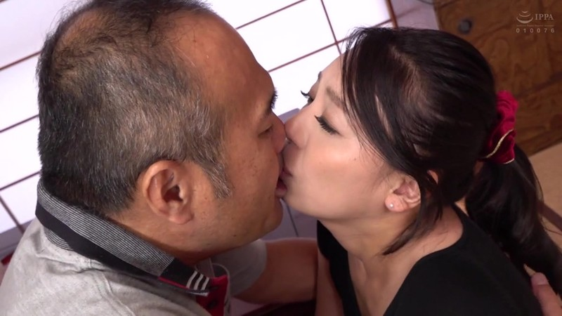 この世は男と女だけ 舐め好きオヤジと欲求不満な嫁 田所百合 画像3