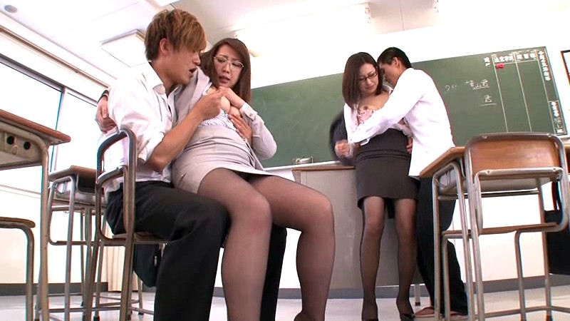 僕の担任を抱かせてやるから、キミの先生をヤラせてくれ。 石黒樹里 菊川亜美[18tard00005][TARD-005] 15