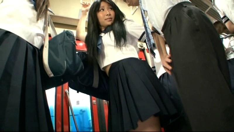 「間違えたフリして女子校通学バスに乗り込んで生でヤられた」 VOL.1 画像12