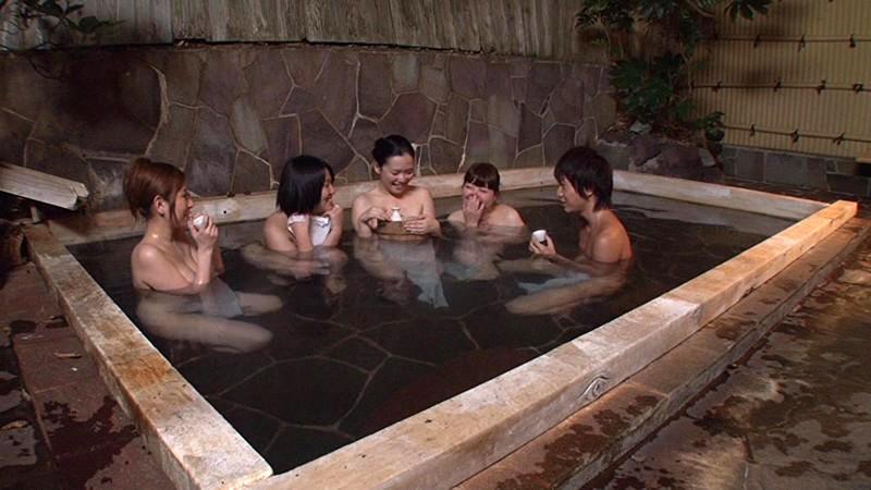 「混浴と勘違いしたフリして美淑女だらけの女湯に入り込んでヤられた」VOL.1|無料エロ画像17
