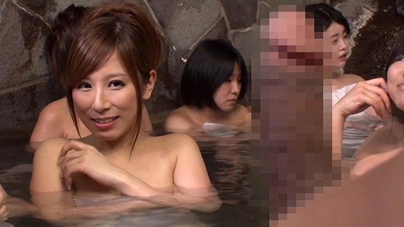【美女フェラ】スケベでHな巨乳の美女痴女の、フェラ露出プレイが、女湯で!!実にパーフェクト!【巨根】