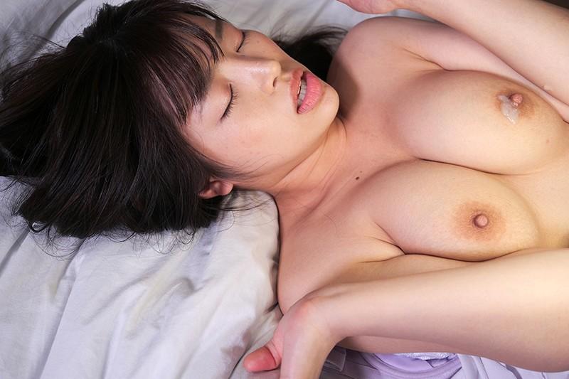宿泊ドックの数日間に看護師をする彼女の親友とセックスしまくった VOL.4 椿りか 画像11