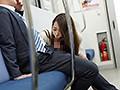 最終電車で痴女とまさかの2人きり!向かいの座席でパンチラし...sample16