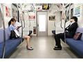 最終電車で痴女とまさかの2人きり!向かいの座席でパンチラし...sample15