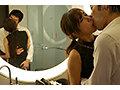 「狂うほど抱いて欲しい…」本性を曝け出す淫密セックス 我妻里帆 画像4