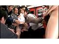 女子校生黒パンストいじめバス 成長途中のムチムチ生脚と桃尻をタイトに包み込み、こびり付いたマン臭が車内中に匂い立つ