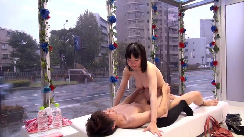 【女子大生 手コキ】巨乳の女子大生の、手コキ騎乗位フェラプレイが、マジックミラー号で。【おっぱい】