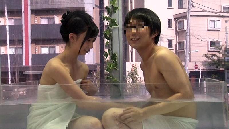 マジックミラー号にて、貧乳の女子大生素人の、sexフェラ素股無料エロ動画!【女子大生、素人動画】