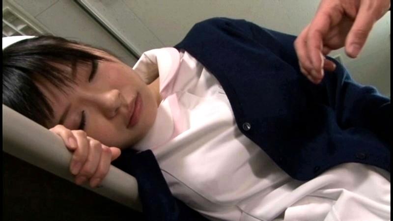 【看護師セックス】パンスト姿の看護師ナースの、キス夜這いフェラプレイ動画!!