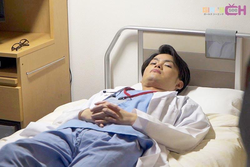 ドスケベ医師とビンカン看護師が夜勤中に病室でこっそり何度も… 画像19