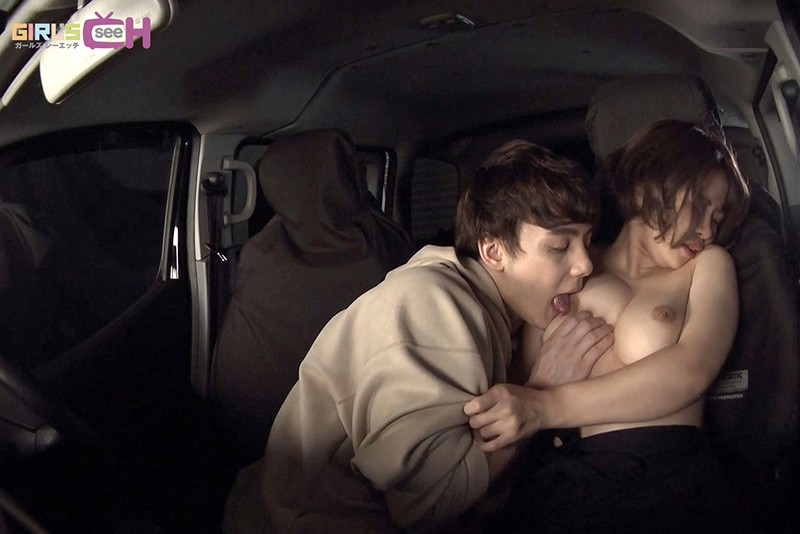 カーセックス ~車の中、密着体位で何度もイッちゃう アレク×相澤ゆりな~ 画像19