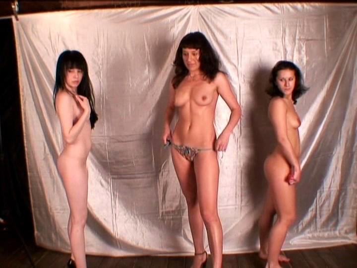 (新) 素人ロシア娘オーディション 30人の中から選ばれたイローナ19歳・ユーラ20歳・アクサーナ28歳 パイパンワレメに日本産チ●ポをハメまくり