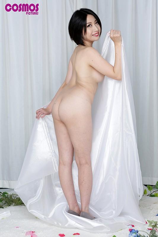 寝取らせ検証『綺麗な裸を残しておきたい』メモリアルヌード撮影で共演した夫よりも若いモデルの他人棒を見て愛液を垂らした妻はその後、SEXしてしまうのか?VOL.9 画像3