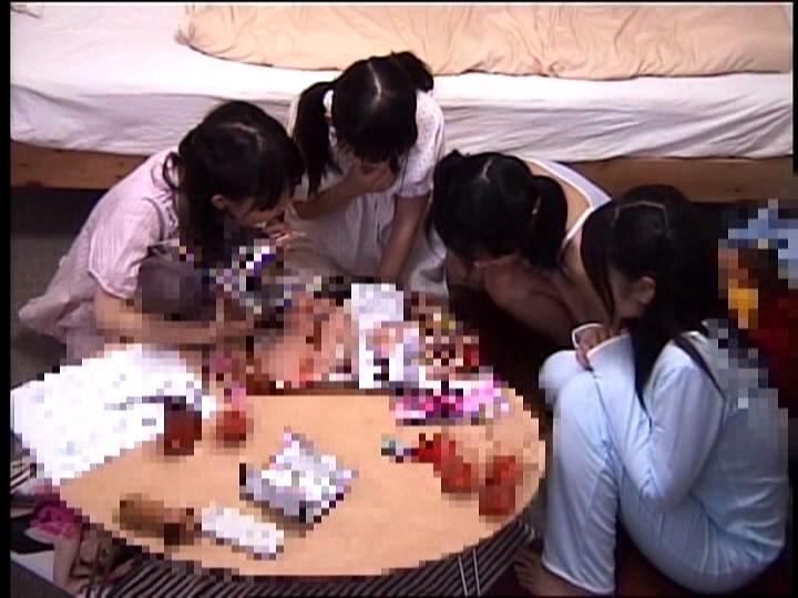 皆で宿題をするはずの「お泊まり会」で、偶然、見つけたお兄ちゃんのエロ本のあまりにも衝撃的なスケベ写真を見たうぶっ娘達は、モゾモゾする下半身の衝動を抑えられない!-2 AV女優人気動画作品ランキング
