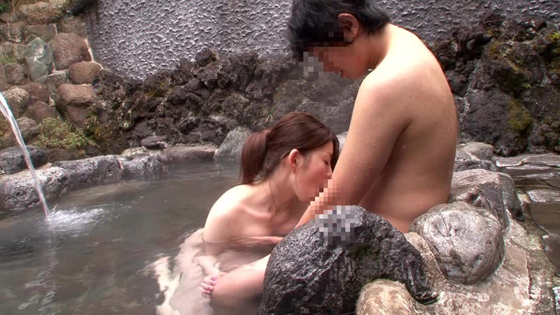 まさかお姉ちゃんの裸(巨乳)で勃起するなんて! 家族旅行で久しぶりに一緒にお風呂に入った姉の胸が想像以上に巨乳過ぎて、理性を保てなかったボクの股間は痛いくらいビンビンに…。 サンプル画像 8