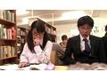 図書館で真面目にお勉強しているメガネをかけた清純女子校生...sample9