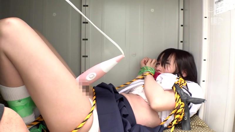 監禁 拘束した少女を人形のように弄ぶ変質者の異常性癖 富田優衣 5枚目