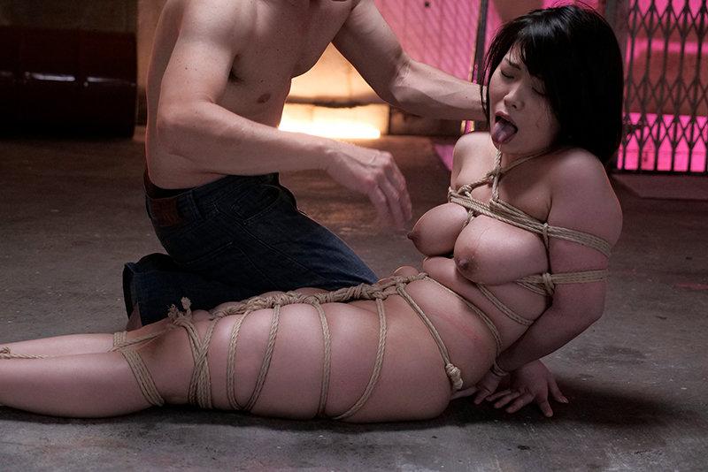 大原あむ 緊縛解禁 緊縛吊り、蝋燭、鞭責めハード調教 キャプチャー画像 6枚目