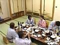SEXの狂宴! 奥さま潮吹き大宴会 〜5人のエロ妻たちの大乱舞〜sample6