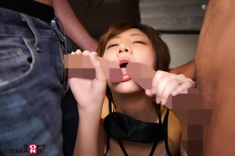 男っぽ女子が巨大肉棒で見せたギャップありすぎ衝撃メスイキ絶頂 小岩いと