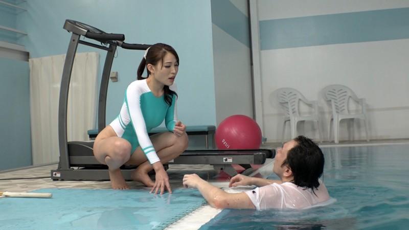 完全M男化水泳生活 〜ドSなIcup極上BODY〜 凛音とうか 12枚目
