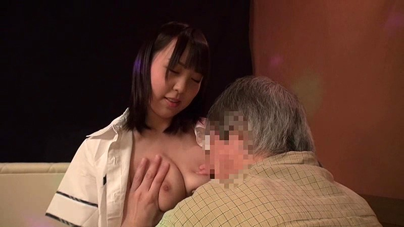 【風俗】おっパブにて、巨乳の女子校生素人の、中出し無料H動画。【女子校生、素人動画】