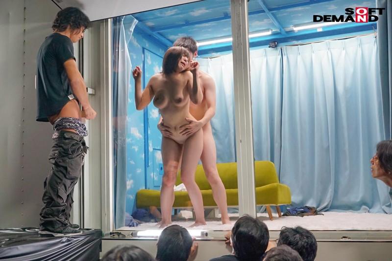 逆転ミラー号!●校時代のマドンナを同窓会で 公開羞恥・里奈 9枚目