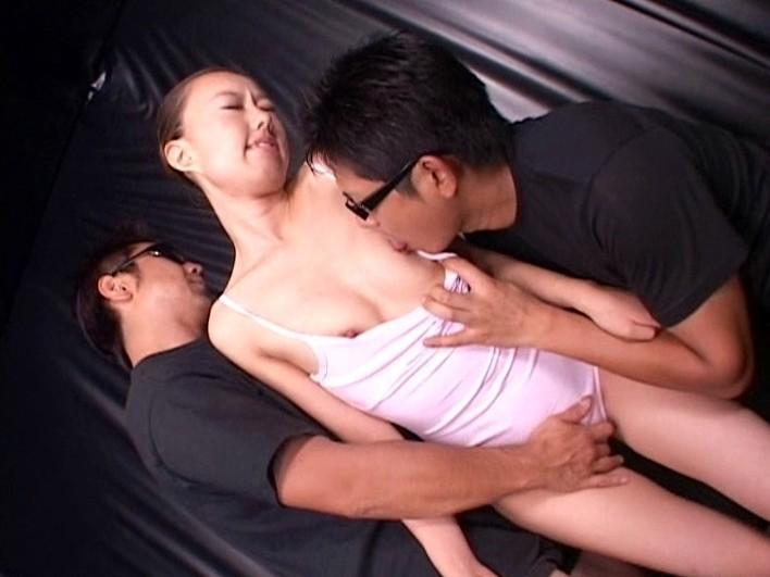 バレエ暦18年の超一流プリマバレリーナが人生初の衝撃エビ反り270度潮吹き過激デビュー