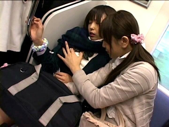 痴漢OK娘 レズスペシャル 2 満員電車に乗りあわせた極上女子校生をキスで興奮させろ3