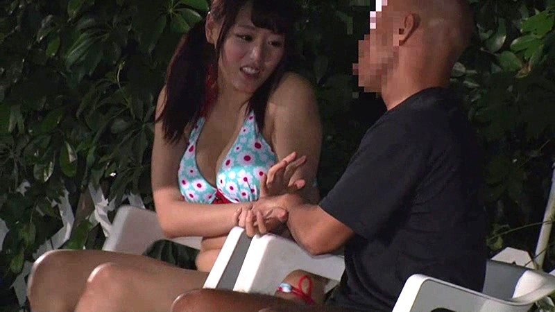 【美少女】水着姿の美少女の、羞恥潮吹きセックスプレイが、野外にて…!!
