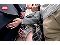 唾液ダラダラ接吻痴漢 オヤジを虜にするほど密着して舐めまくる痴女子○生