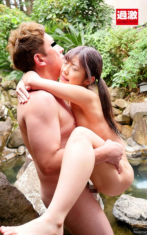 男湯で出会った痴女っこ2 突然のベロちゅうと抱っこSEXで迫られ我慢できず何度も膣射 3