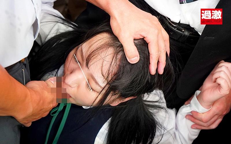 ちっちゃな女の子を囲んでネチネチ痴●する卑劣巨漢集団2 画像6
