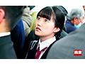 痴●師に電車の隅でこっそりイラマされ顔面えずき汁まみれで泣...sample11