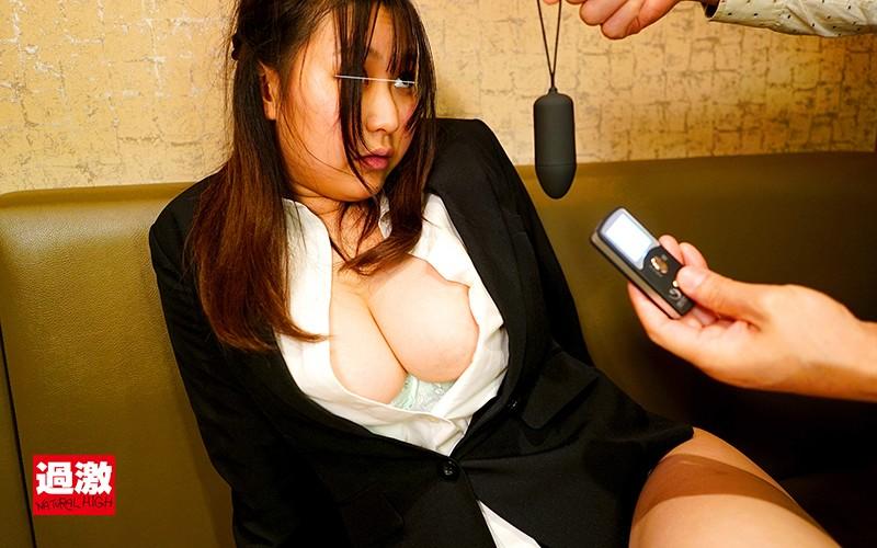 居酒屋痴●4 歓迎会中にリモバイアクメする新人巨乳社員SP4
