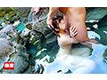 混浴温泉で乳首をしつこく刺激する乳吸い責めに欲情した女は湯しぶきが立つハードピストンの快感で中出しを拒めない6 総勢20人総集編付き2枚組 豪華版 画像2