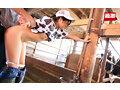 [NHDTB-595] 接客中に顔を紅潮させながら感じまくるバイト娘14 ~ハンバーガー屋、牧場、カレー屋、銭湯~