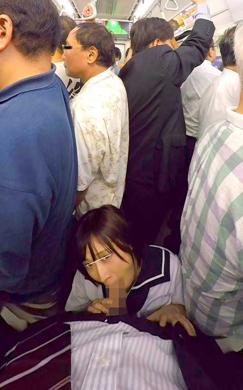 電車内でのフェラ