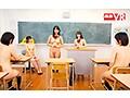 【VR】今日は全裸の日だよ!?転校した学校は金曜日に服を着...sample8