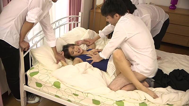 自宅を占拠され夫の目の前で寝取られた人妻 神波多一花サンプルF6