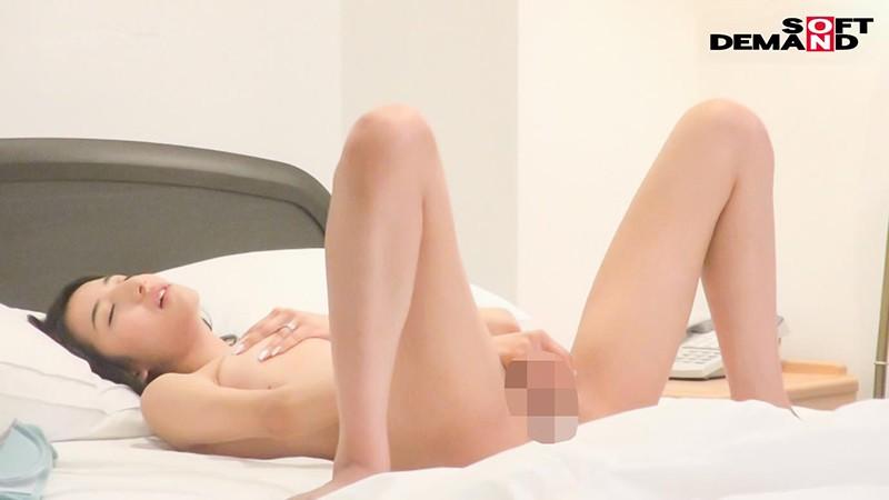 千葉県 木更津市在住 33歳 ふみこさん 夫とは、愛し合う毎日。 夫は、自分との愛を確かめるため私に憑依し、私のオーガズムを体験して、私の体を他の男たちに寝取らせた。 憑依NTR AVデビュー 画像5