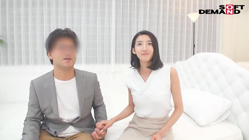 千葉県 木更津市在住 33歳 ふみこさん 夫とは、愛し合う毎日。 夫は、自分との愛を確かめるため私に憑依し、私のオーガズムを体験して、私の体を他の男たちに寝取らせた。 憑依NTR AVデビュー 画像7