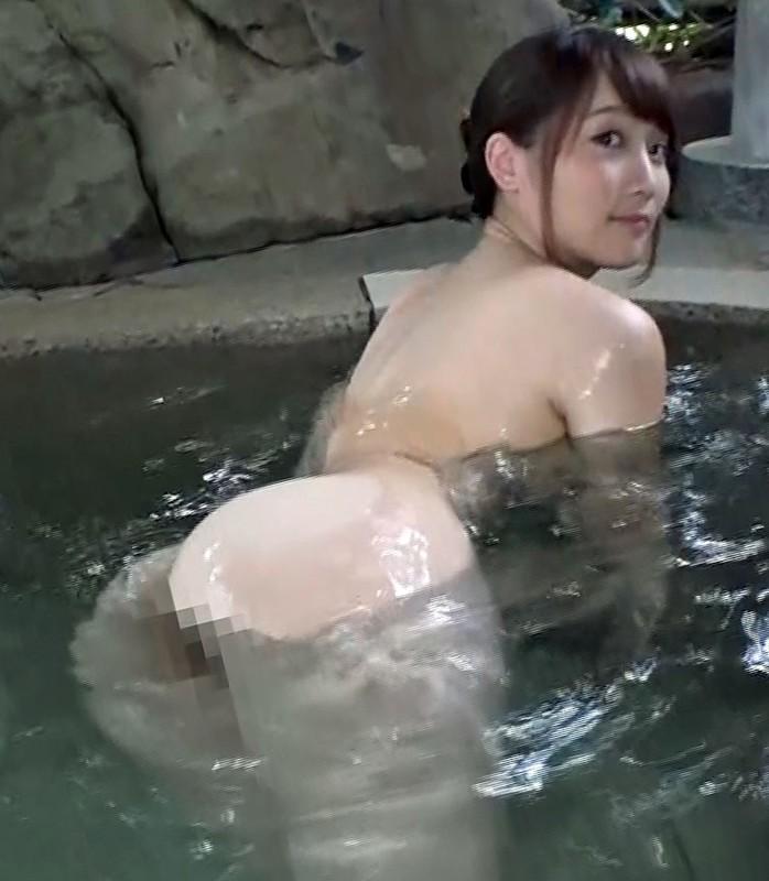 巨乳すぎる奥さんが、思春期の僕と混浴温泉に入って洗いっこしてたら、お互いのムラムラが押えきれず、お風呂場でヤッちゃった まおさん(29) 倉田まお 46分