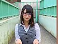 神メガネOL なつめ愛莉 眼鏡OLスーツの美脚を包んだ生ナマし...sample1