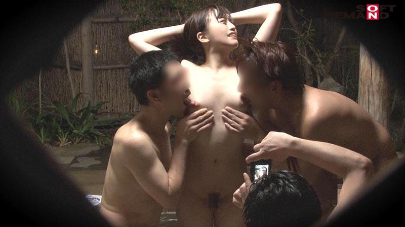 みな(22) 石和温泉で見つけた卒業旅行中の美巨乳女子学生のお嬢さん タオル一枚 男湯入ってみませんか? キャプチャー画像 10枚目
