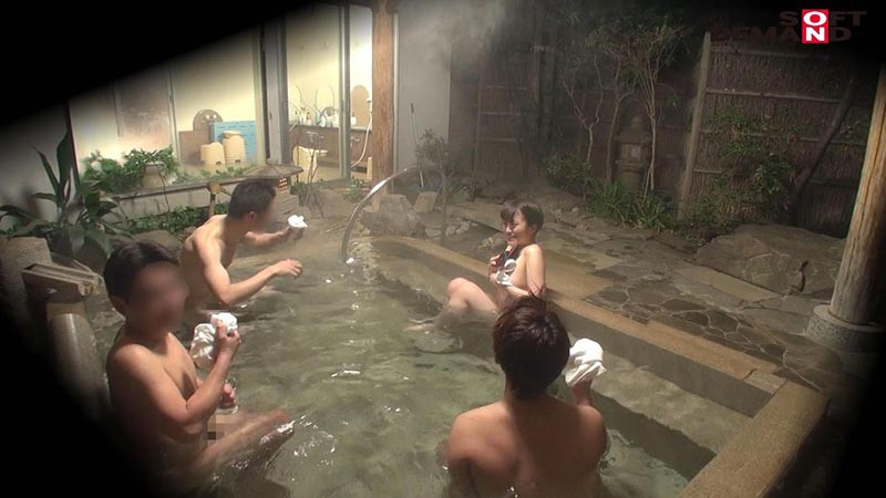 みな(22) 石和温泉で見つけた卒業旅行中の美巨乳女子学生のお嬢さん タオル一枚 男湯入ってみませんか? キャプチャー画像 4枚目